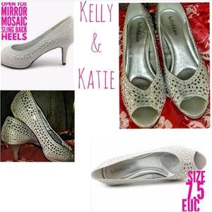 Kelly & Katie Shoes Size 7.5 Mosaic Open Toe